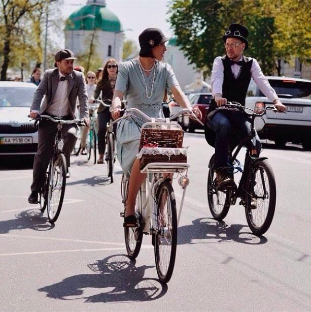 Фестиваль-велопарад «Осенний Ретро Круиз»