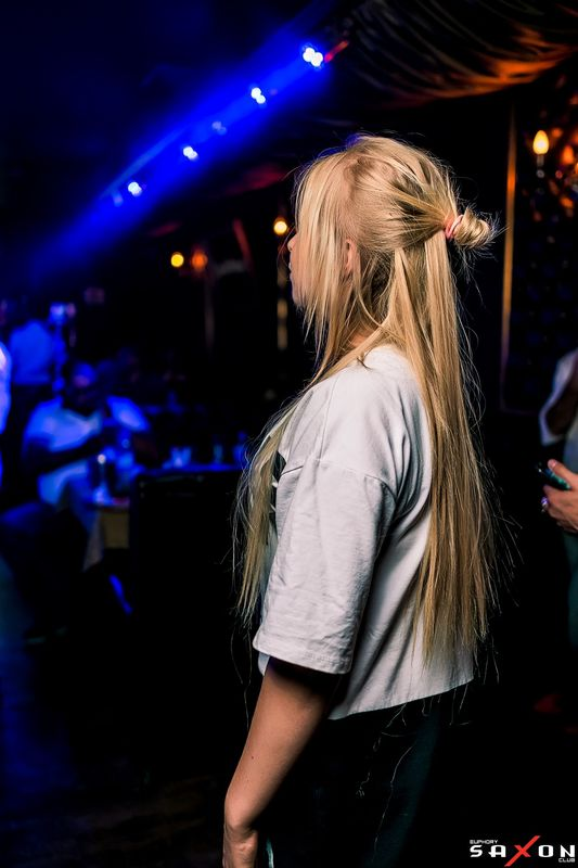 «Новый Клубный Год.Танцы под ёлкой» в «Saxon»