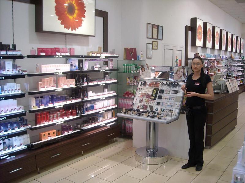 Работа продавец косметики и парфюмерии