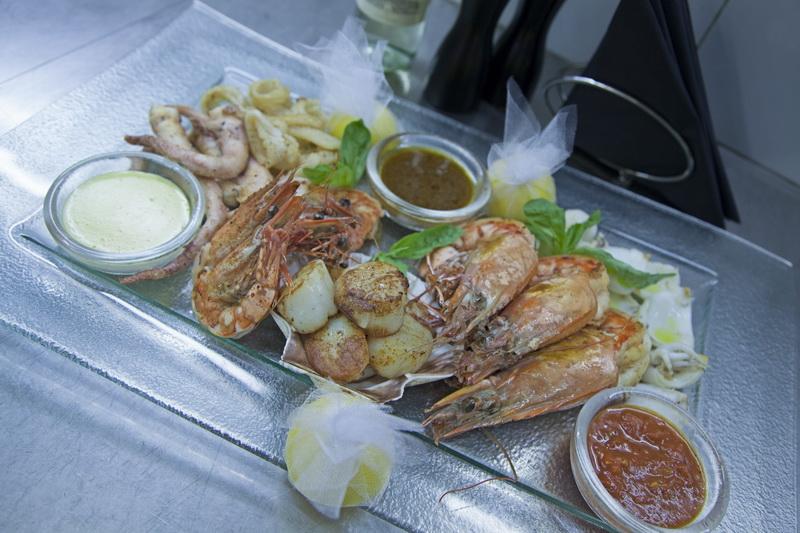Рыбный ресторан «Икра»