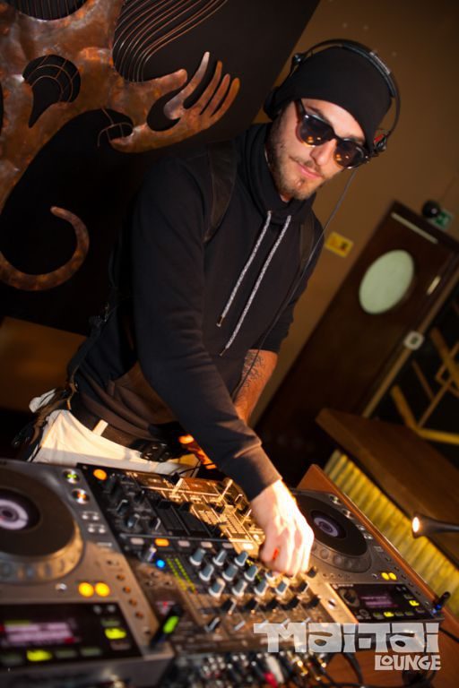 DJ Alfred в Mai-Tai