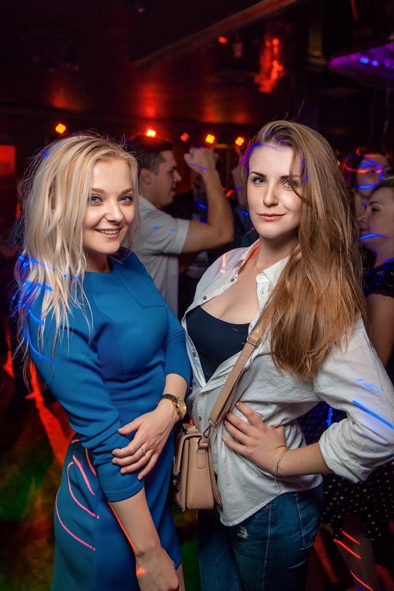 «Лимузин Party. Покатаем на большом» в клубе «Saxon»