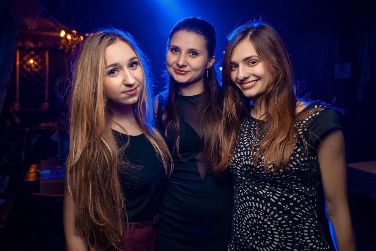 «Selfie Freaks» в клубе «Saxon»