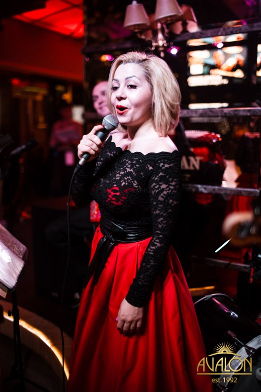 «Smile Orchestra» в лаунж-баре «Avalon»