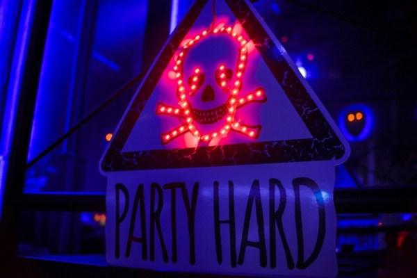 «PARTY HARD. ReStart!» в «Saxon»