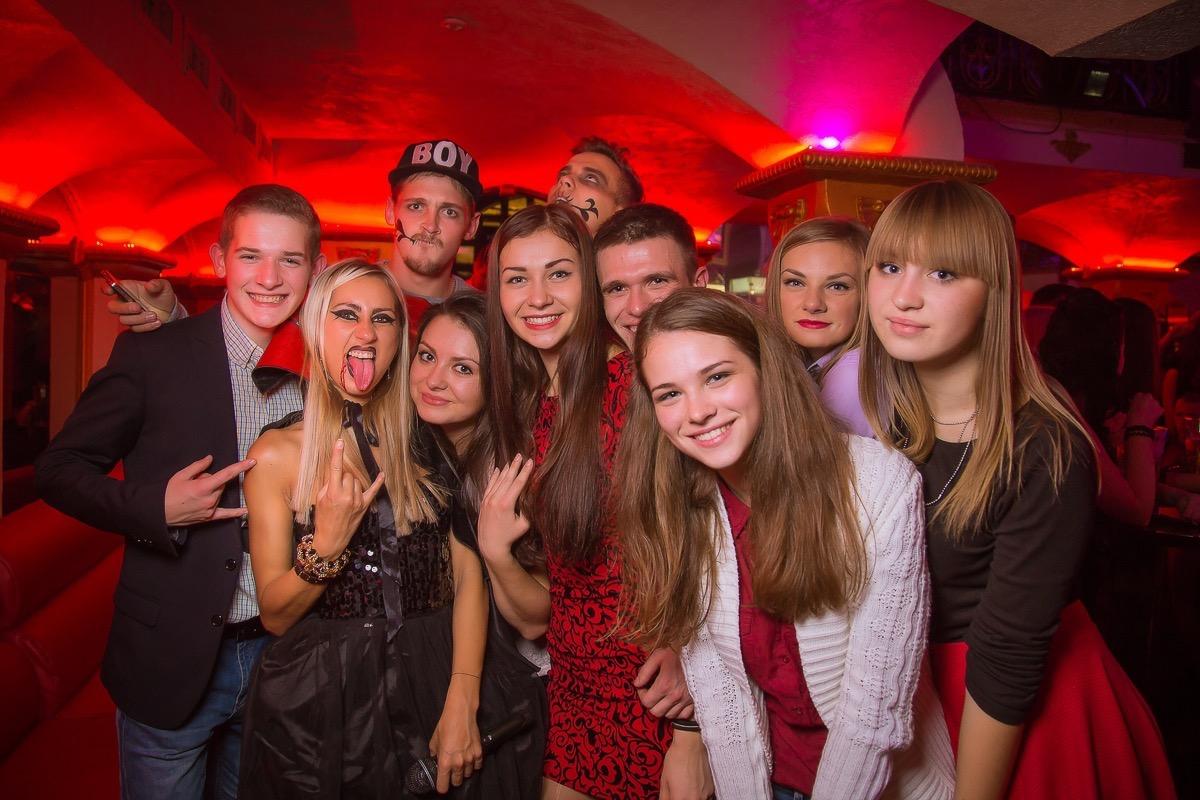 Pink Halloween в клубе «Saxon»